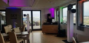 Jürgen Tremmel jt-veranstaltungspartner hochzeit hochzeitsdj dj band musik karlsruhe  rastatt 466711f5 8894 4862 9e0c 46034c55b84c Sky Lounge Böblingen referenzen